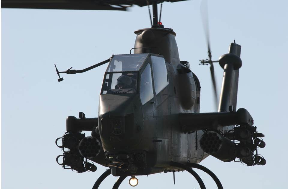 AH-1S写真