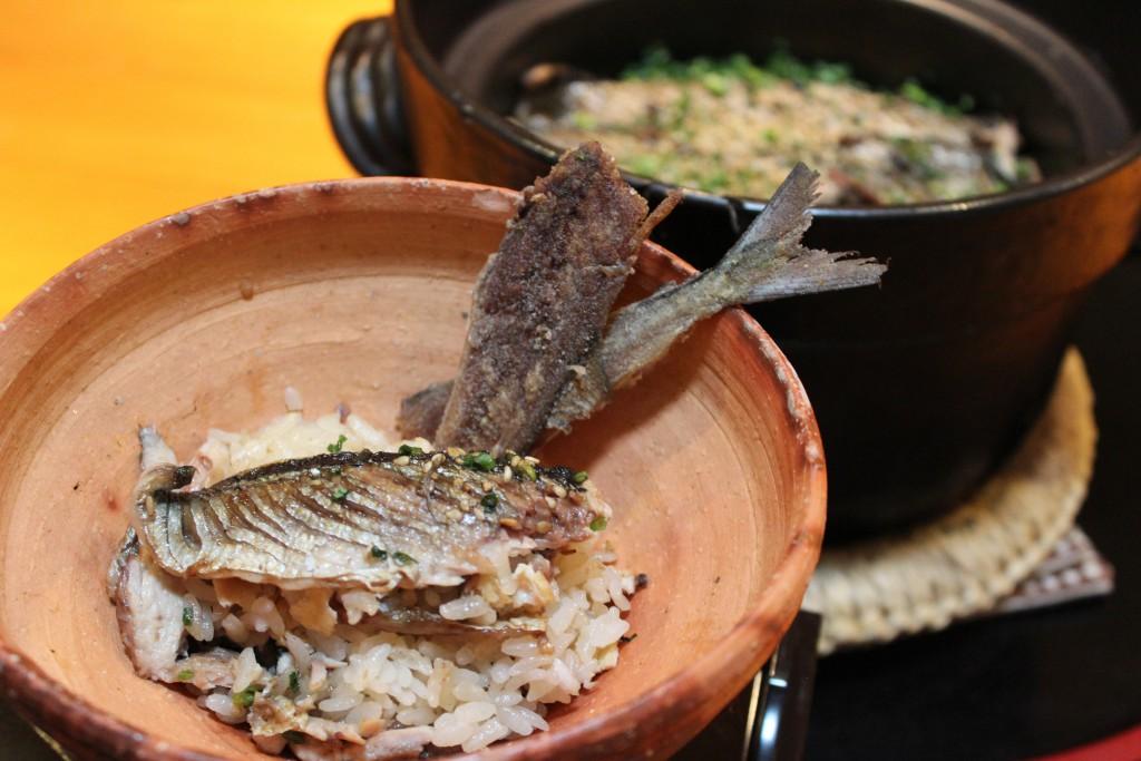 メイン 秋刀魚の炊き込みご飯